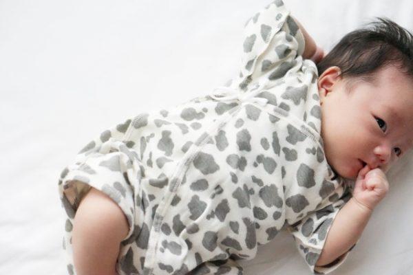 赤ちゃんが母乳の後にゲップをしない!対応は?しなくても大丈夫?