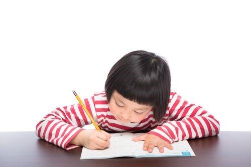 子供が字を丁寧に書かない!どうすればいい?